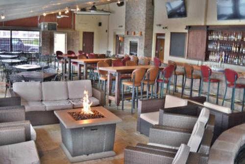 Patio Bar Lounge
